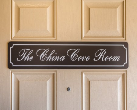 Stage Coach Lodge - The China Cove Room