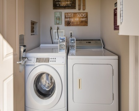 Stage Coach Lodge - Guest Laundry Facilities